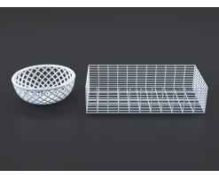 White baskets (set of 2)
